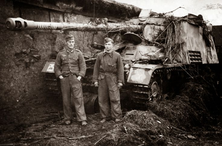 military modeling and History: Sd.Kfz. 164 NASHORN (Hornisse)