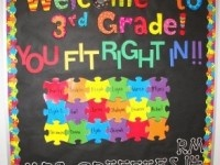 Welcome Puzzle Board-Could use for ECSE w/ pics.  Great bulletin board website.