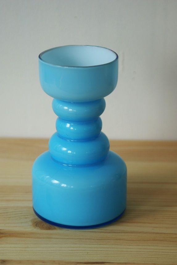 Lyseblå retro vase i glass