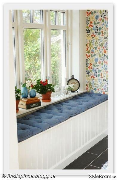 platsbyggd soffa,platsbyggd bänk,borås tapeter,herbarium,farstufönster: