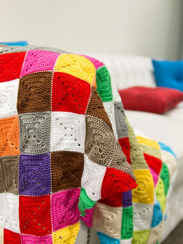 DIY: crochet lap blanket