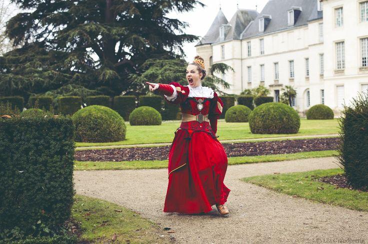Spectacle Alice au Pays des Merveilles, Cie Taprobane. © Léa Grandperrin photographie.