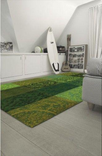 Vintage jacquard geweven karpet, Vintage is een fraai ogend karpet. Het zachte karpet is in verschillende kleuren en maten leverbaar. Het is een mooi geweven karpet van fijne wol en katoen. De patchwork van blokken geeft een rustig en uniek uiterlijk.  Het kleed is makkelijk te onderhouden en de rug is voorzien van anti-slip finish.