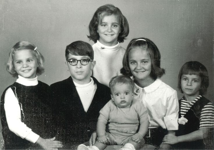 The Sedaris family.  (from David Sedaris Talks About Surviving the Suicide of a Sibling | VICE )