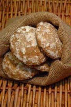 Ingredientes:   1 Kg de almendras 1 Kg de azúcar 15 huevos  ¼ de aceite (medida vaso nocilla)  1 vaso de agua (medida vaso nocilla)  Limone...