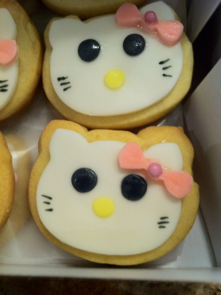 Hello Kitty a Butter Cookies