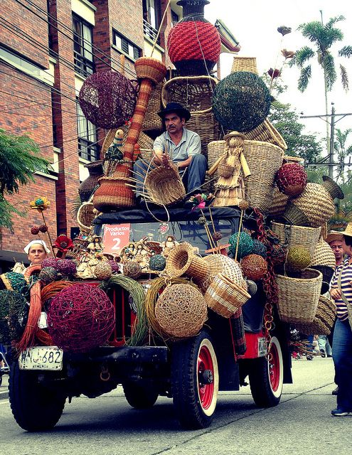 Transporting the recent crafts to the local market - only in Colombia! #art #craft #Transport #colombia #unique #travelandmakeadifference