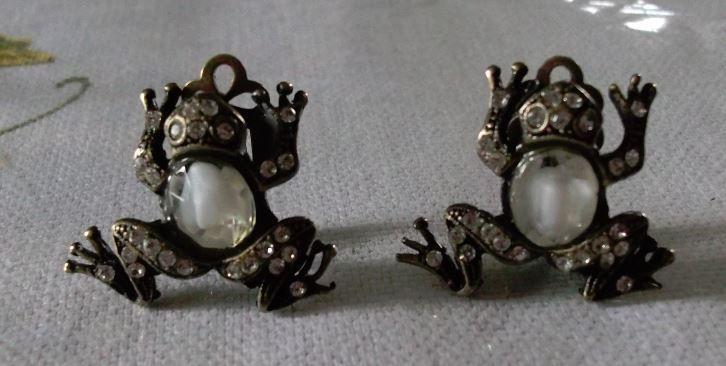 Cute Danny Pollak Frog Earrings New