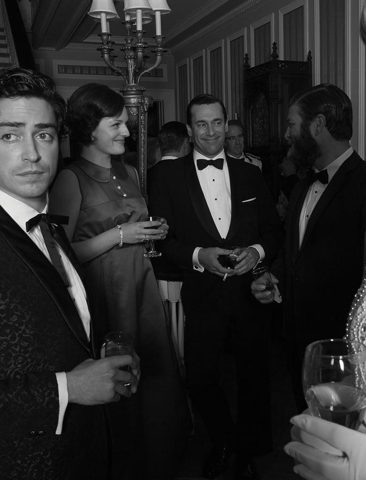 Michael Ginsberg (Ben Feldman), Peggy Olson (Elisabeth Moss), Don Draper (Jon Hamm) and Stan Rizzo (Jay R. Ferguson). Season 6
