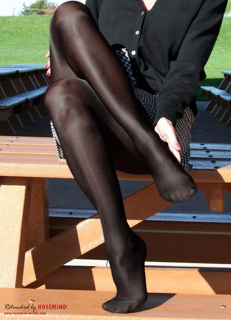 Idea Black pantyhose and black boots words... super