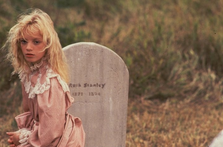 Sarah by her mother's grave (Sarah Stanley played by Sarah Polley). Road to Avonlea