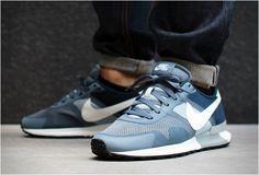 Nike Air Pegasus 83/30