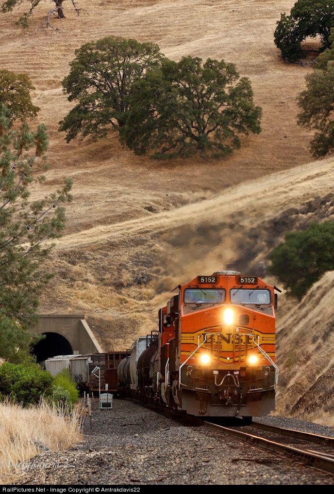 RailPictures.Net Photo: BNSF 5152 BNSF Railway GE C44-9W (Dash 9-44CW) at James, California by Amtrakdavis22 | Trains | Pinterest | Train, Bnsf railway and Tra…
