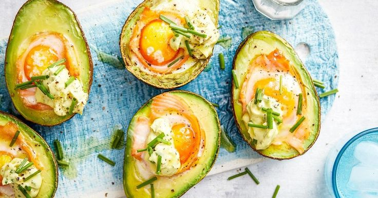 For a crackin' good brekkie try these quick and easy baked eggs cooked in avocado with smoked salmon.