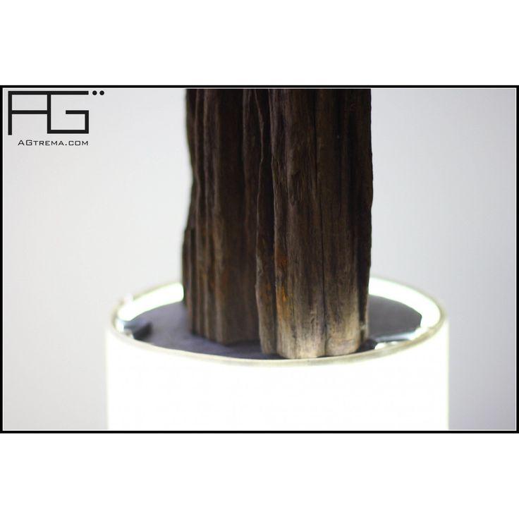 Lampe en bois flotté decoupé, poutre de bois pétrifiée, artisanat d'Alsace, AGtrema