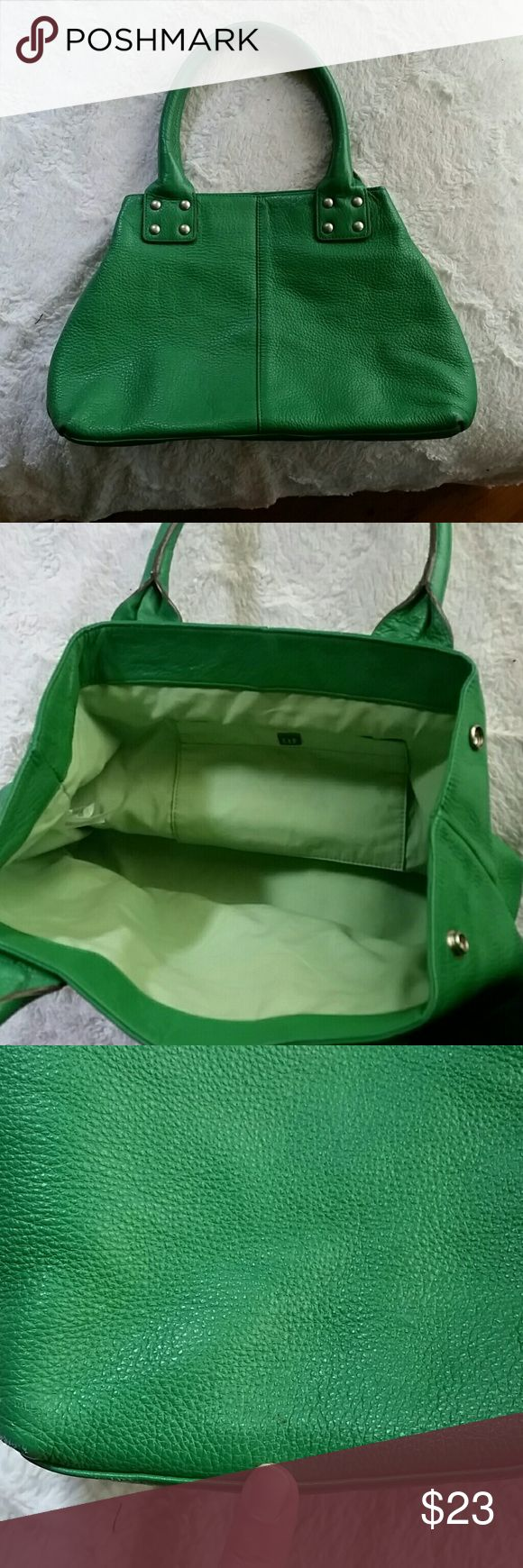 Leather GAP bag Pre-loved leather GAP bag. Such a fun color for spring-summer! Great condition. Tiny (barely noticeable) scuff as seen in last picture. GAP Bags Totes