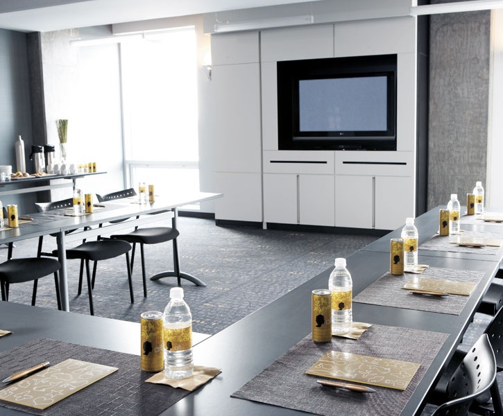 LEMAYMICHAUD | ALT | DIX30 | Architecture | Design | Hospitality | Hotel | Meeting Room | Conference Room |