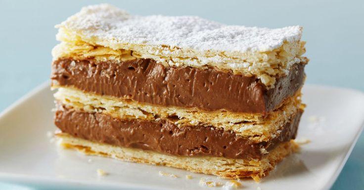 Aprende a preparar esta receta de Torta Napoleón de chocolate, por Anna Olson en elgourmet