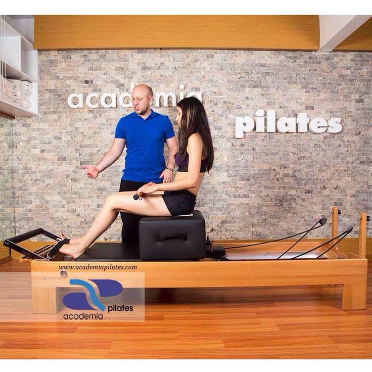 Academia Pilates'in deneyimli eğitmenleriyle, samimi bir Pilates deneyimi için, info@academiapilates.com