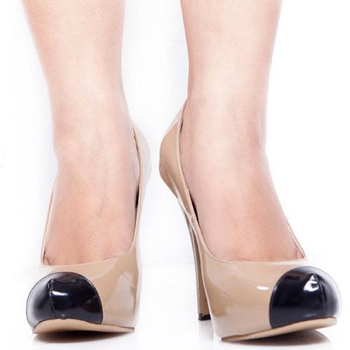 Eight Shoes - Gleda Cream Limited Pump - Rp. 434.500