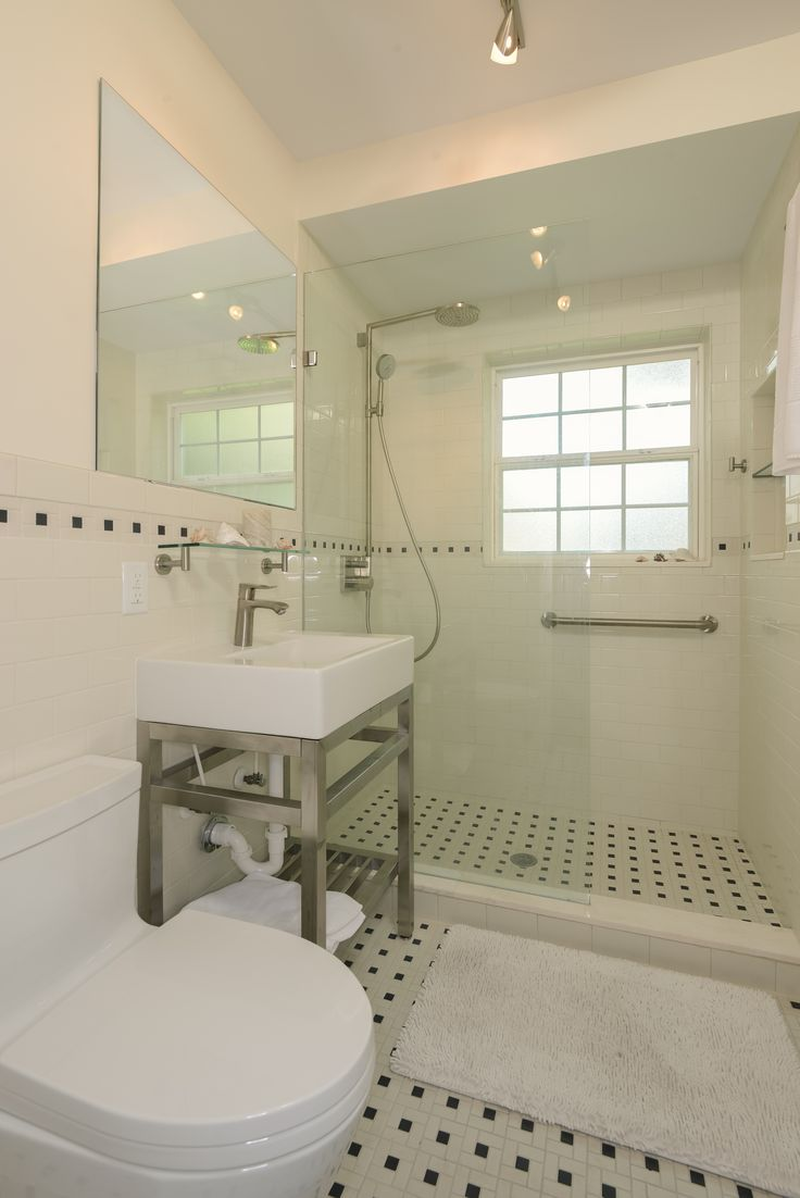 Artistic Windmill tile design | Bathrooms | Pinterest