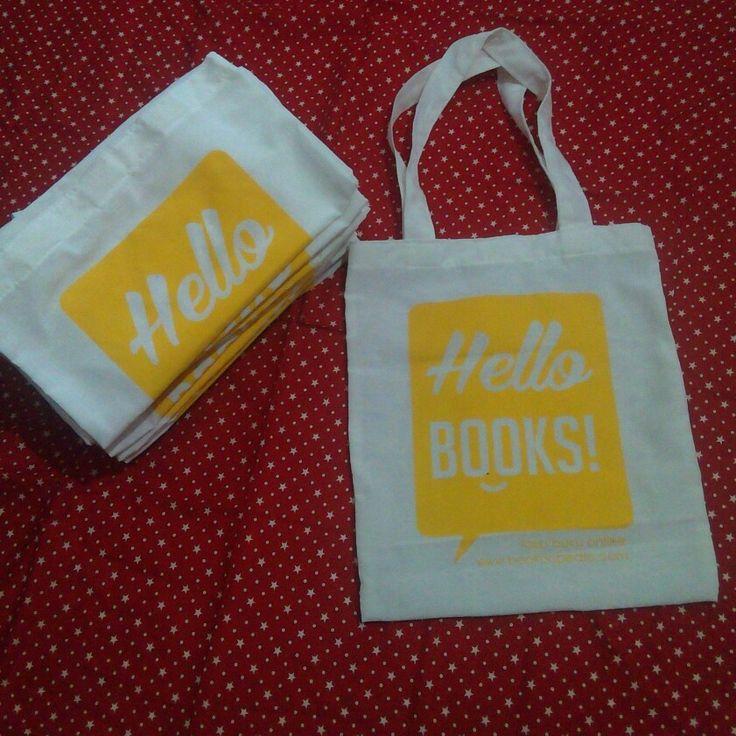 Totebag blacu hello books from bookopedia