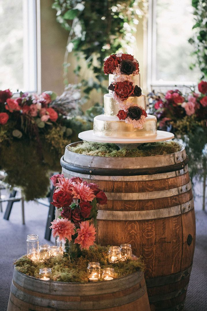 Outdoor Wedding Cake Wine Barrels Wedding Parties