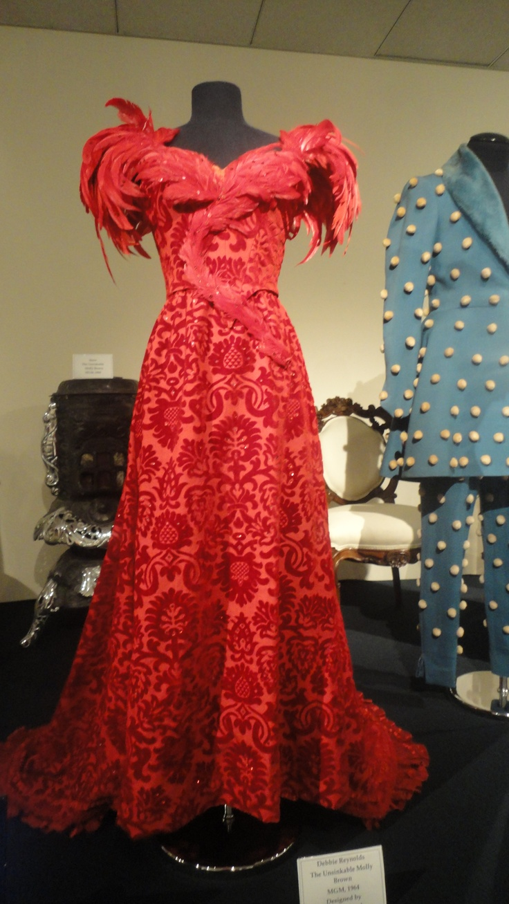 The Unsinkable Molly Brown...Debbie Reynolds - One of my most favorite dresses from this movie Unsinkable Molly Brown.