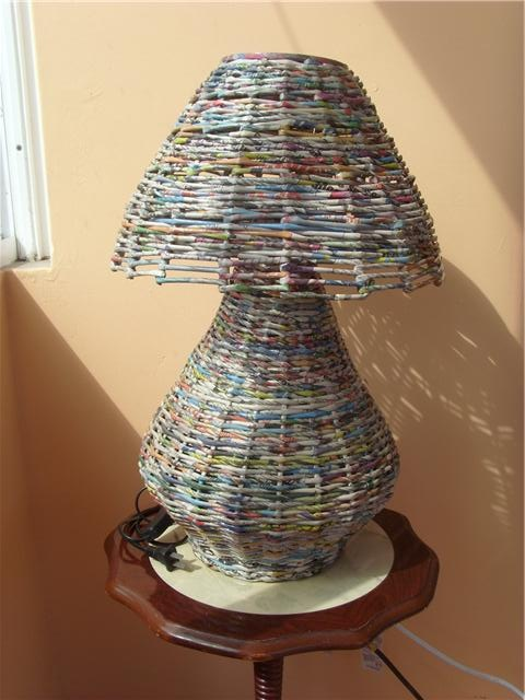 Newspaper table lamp. #recycled #craft #diy #deco