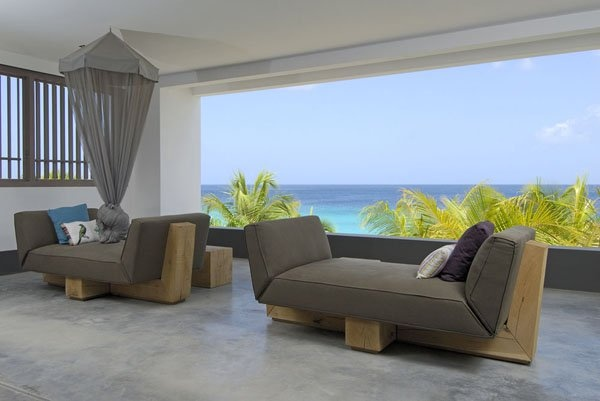 A tropical vacation getaway in the Caribbean