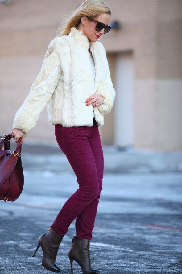 ブロガー名:ヘレナ・グレーザー(Helena Glazer)   ブログ名:『Brooklyn Blonde』   オリジナル記事:『A Little Glam』                     フェイクファーコート: Brooklyn Flea(ブルックリンで開かれるフリマ)で手に入れたヴィンテージ (他の選択肢だとこれ) ...