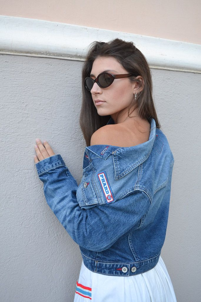 Vintage girl with fresh modern look
