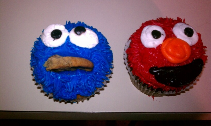 Cookie monster and Elmo cupcakes | Cupcake | Pinterest
