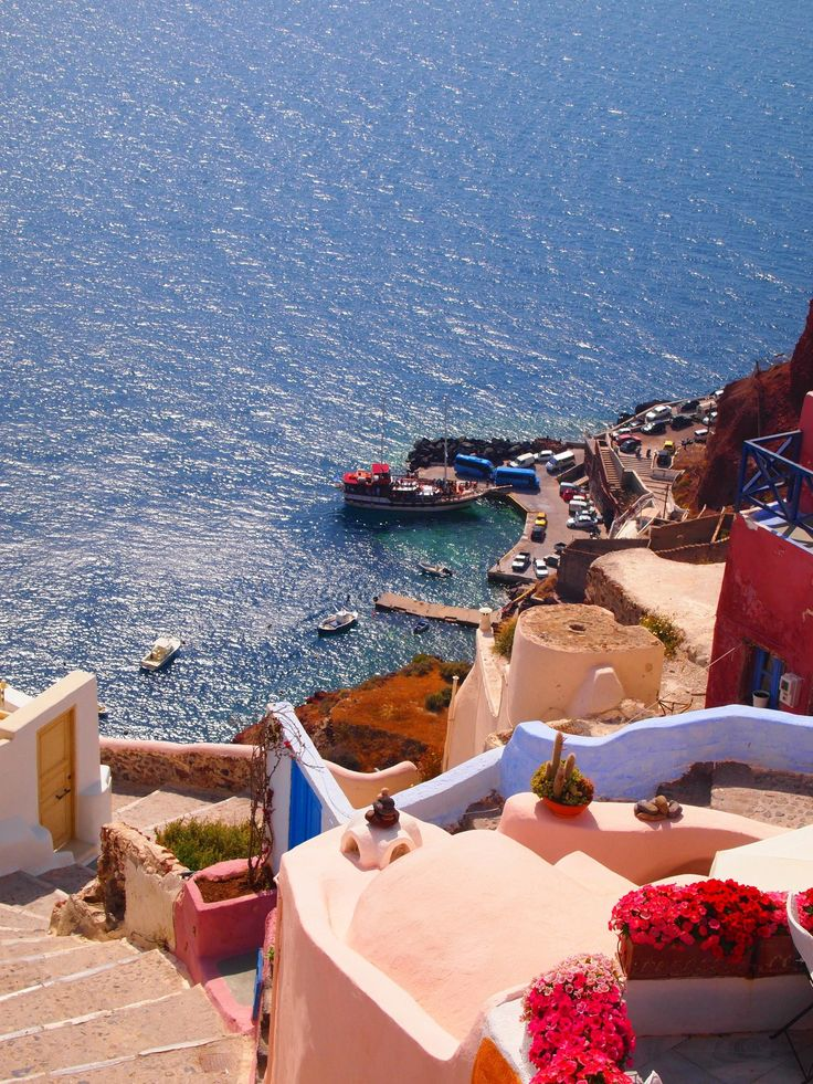 Ammoudi from above. Oia village, Santorini island, Greece. - selected by www.oiamansion.com