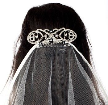 Bridal Hair Comb with blue Rhinestones http://www.stylishweddings.com.au/bridal-hair-comb-with-blue-rhinestones