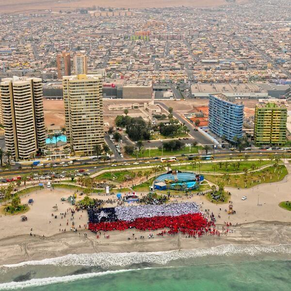 Vamos Chile pais hermoso, paisajes maravillosos, gente buena, bandera tricolor te llevo en mi corazon