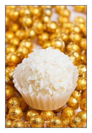 Coconut Cream Balls - only four ingredients - coconut cream, coconut, white chocolate and butter