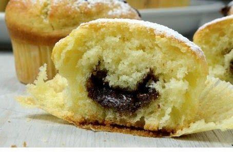 Pasticciando Dolcemente: Muffin con cuore di cioccolato o di marmellata