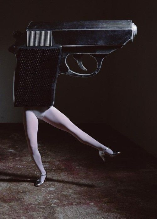 Walking Gun (Colour) / The Music of Regret by Laurie Simmons, 2006. S)