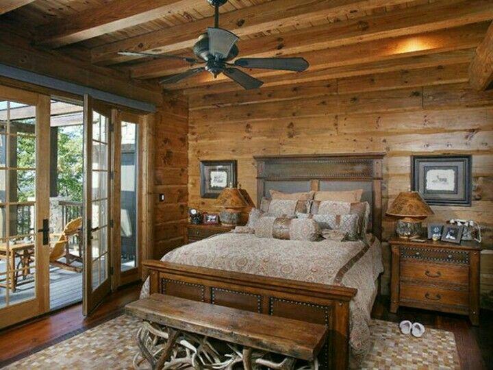 Log Home / Rustic