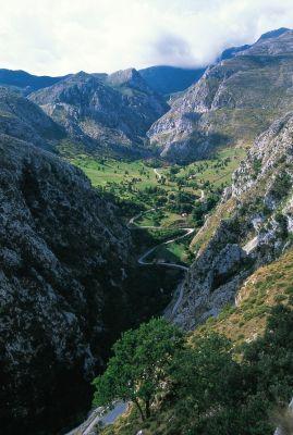 Desfiladero de la Hermida  #Cantabria #Spain