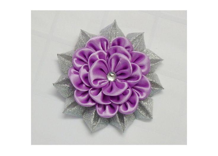 How to make kanzashi flower, Diy ribbon flowers, Kanzashi flores de cinta