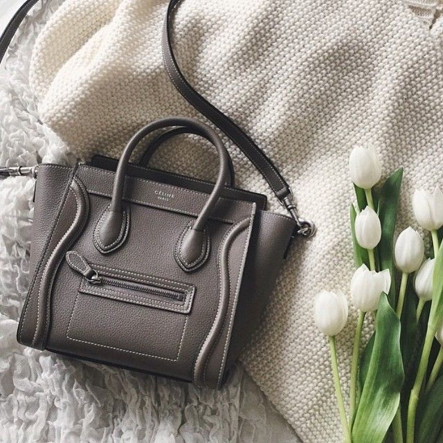 Such a gorgeous pic we had to share @truelane Céline nano luggage!! Tag us on your photos for a chance to be featured!!
