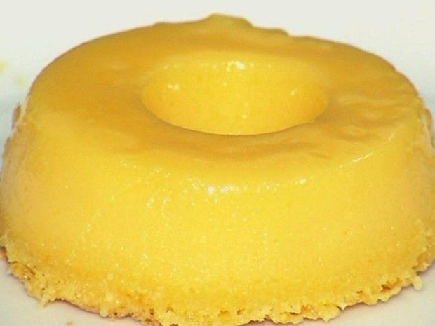 Confeiteira ensina como preparar quindim, típico doce português Goiás (Foto: Reprodução/TV Anhanguera)