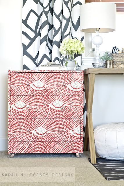 Relooker un meuble en pin avec du tissu - méthode en images -  Sarah m. dorsey designs: Ikea Rast Dresser Hack | Fabric Wrapped with Custom Ring Pulls and Acrylic Casters