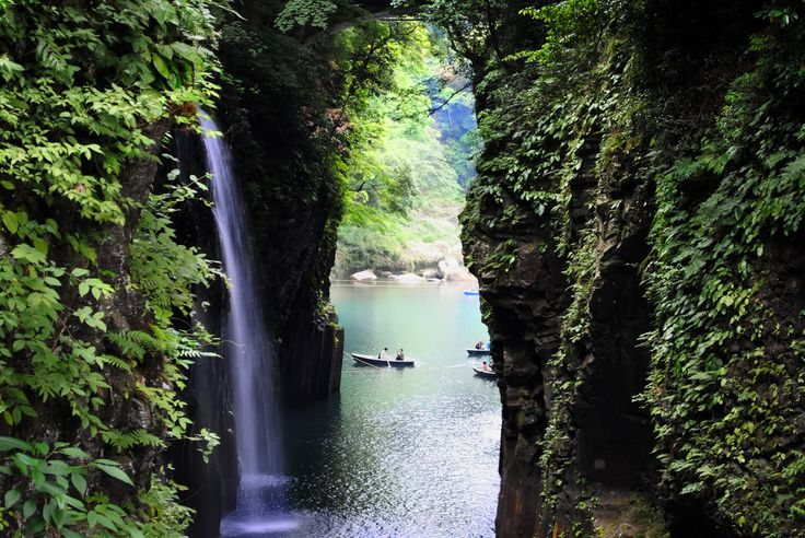 Takachiho Gorge, Japan. Takachiho Gorge is the steep gorge formed by Gokase River flowing through the north part of Miyazaki Prefecture. The gorge about 7 km long have such steep cliffs 80 to 100 m high. Manai-no-taki Falls, 17 meters high, is a popular highlight because of the clouds of spray that rise up from the falling water.