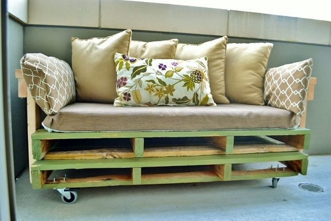 Create a movable pallet sofa for your coffee lounge. This portable, small sized pallet wood sofa can easily fit in any corner of your house. The sofa perfectly fulfills your need of some extra sitting space in the living room. With this super design you do not need to spend money on buying a new sofa. This creative repurposed sofa will look equally cool as any other bought from market.