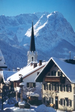 17 best images about garmisch partenkirchen on pinterest for Designhotel garmisch