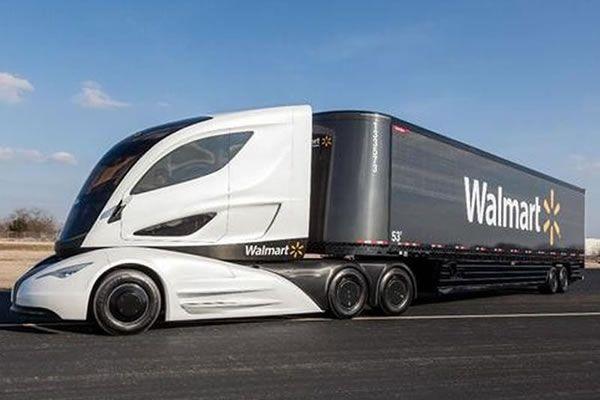 La enorme caja está también fabricada en fibra de carbono. Camión del future. Future truck