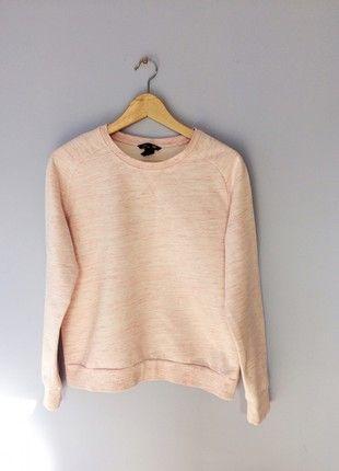 Kup mój przedmiot na #vintedpl http://www.vinted.pl/damska-odziez/bluzy/21370438-rozowa-ciepla-bluza-hm-idealna-m